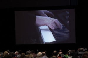 Playing piano in Dumfries to an audience in Orlando (Nov. 2009)